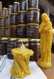 Velas hechas a mano de la cera de abejas Figuras de la vela de la cera de abejas Figuras de cera Cera de abejas natural Fotos de archivo libres de regalías