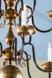 Velas iluminadas no teto da igreja Imagem de Stock Royalty Free