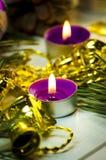 Velas y decoraciones del día de fiesta Fotografía de archivo libre de regalías