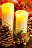 Velas y regalo de Navidad Foto de archivo libre de regalías