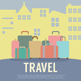 Vele Bagage in Front Of Building Travel Concept royalty-vrije illustratie