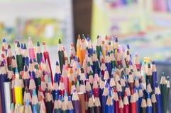 Vele bovenkanten van potloden royalty-vrije stock foto