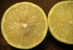 Vele gele citroenen Stock Foto's