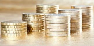 Vele gestapelde muntstukken Stock Foto
