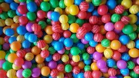 Vele Kleurrijke Ballen Stock Afbeeldingen