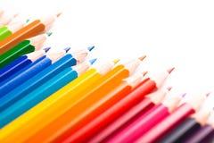Vele kleurrijke die pennen op wit worden geïsoleerd Royalty-vrije Stock Foto
