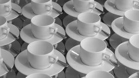 Vele lege koppen voor koffie stock videobeelden