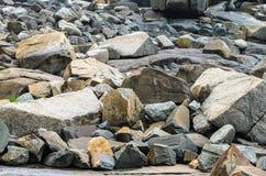 Vele overzeese rotsen, grote rotsen en kleine rotsen Royalty-vrije Stock Fotografie