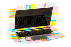 Vele Post-itstok op laptop Royalty-vrije Stock Afbeelding
