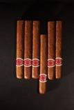 Vele sigaren op de lijst Royalty-vrije Stock Foto