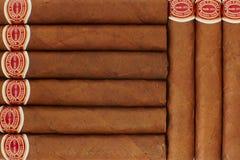 Vele sigaren op de lijst Stock Afbeelding
