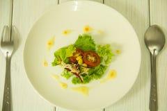 Vele soorten fruit en plantaardige salades royalty-vrije stock afbeeldingen