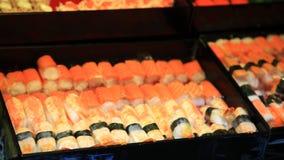 Vele Sushi voor verkoop Royalty-vrije Stock Afbeelding