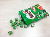 Vele uiterst kleine kubussen van Nestle Milo Energy Cube Royalty-vrije Stock Fotografie