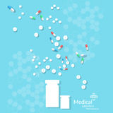 Vele van geneeskundepillen en tabletten het antibioticum van de capsuletherapie Royalty-vrije Stock Afbeelding