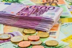 Vele verschillende euro rekeningen Stock Foto