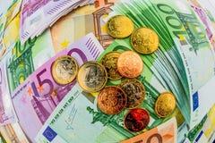 Vele verschillende euro rekeningen Stock Afbeeldingen