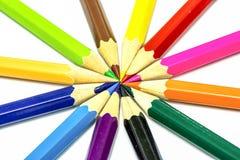 Vele verschillende kleurpotloden Royalty-vrije Stock Afbeelding