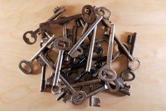 Vele verschillende sleutels, hobbys Stock Fotografie