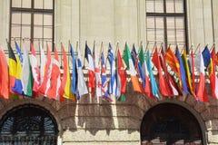 Vele vlaggen van verschillende landen Stock Foto's