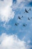 Vele vliegtuigen in de hemel Royalty-vrije Stock Afbeelding
