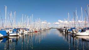 Veleiros no porto Fotos de Stock Royalty Free