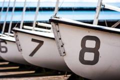 Veleiros no porto local na doca fotografia de stock royalty free