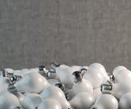 Velen gele lightbulb stock illustratie