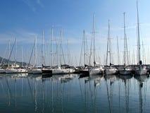 Veleros en el puerto Fotos de archivo libres de regalías