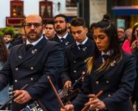 VELEZ-MALAGA, ESPAÑA - 24 de marzo de 2018 gente que participa en Fotos de archivo
