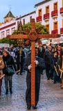 VELEZ-MALAGA, ESPAGNE - 24 mars 2018 les gens participant au Image stock