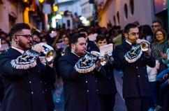 VELEZ-MALAGA, SPANIEN - 24. März 2018 Leute, die an teilnehmen Stockbild