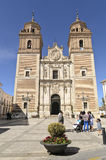 Iglesia y cuadrado del La Encarnación en Velez-Rubio, España fotos de archivo
