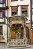 Velho bem em Obernai, França Foto de Stock