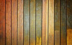 Velho, parede de madeira do grunge usada como o fundo Fotos de Stock