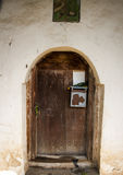 Velho wodden a porta Imagens de Stock Royalty Free