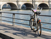 Velib在巴黎,法国 免版税库存照片