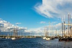Veliero sulla vela di Hanse a Rostock, Germania Fotografia Stock