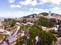 Velika Planina Alpejska łąka, powietrzna fotografia piękna natura na słonecznym dniu fotografia stock