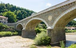 Veliko Tarnovo Alte Brücke der Steinverzierung Stockbilder