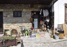 Veliko Tarnovo BG, am 15. August: Andenken-Shop in der mittelalterlichen Stadt Veliko Tarnovo von Bulgarien Lizenzfreies Stockfoto