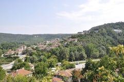 Veliko Tarnovo BG, le 15 août : Panorama avec le voisinage de Vorosha de Veliko Tarnovo en Bulgarie Image stock