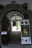Veliko Tarnovo BG, o 15 de agosto: Entrada do museu da cidade medieval Veliko Tarnovo de Bulgária Imagem de Stock
