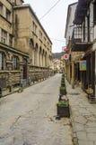 VELIKO TARNOVO BUŁGARIA, KWIECIEŃ, - 03, 2015: Stary miasteczko Veliko Tarnovo, Georgi S Rakovski zwyczajna ulica jest najwięcej  Obrazy Royalty Free