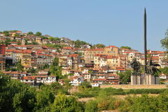 VELIKO TARNOVO, BULGARIA: General view of the Old town with Asen monument on the right stock image