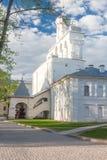 VELIKY NOVGOROD, ROSJA - 23 MAJ: Góruje Kremlowski forteca, ROSJA -23 2017 MAJ Obraz Royalty Free