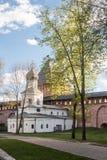 VELIKY NOVGOROD, RUSSIE - 23 MAI : Les tours de la forteresse de Kremlin, RUSSIE -23 en mai 2017 Photo libre de droits
