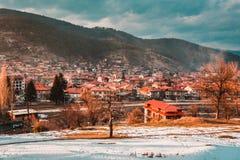 Velingrad en SPA huvudstad av Balkans i den Rhodope Mountsins Bulgarien royaltyfri foto