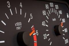 Velocímetro y tacómetro del automóvil Imagen de archivo libre de regalías