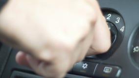 Velocidad cambiante del ventilador del coche almacen de video